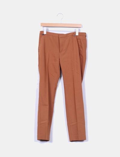 Pantalón chino camel Zara