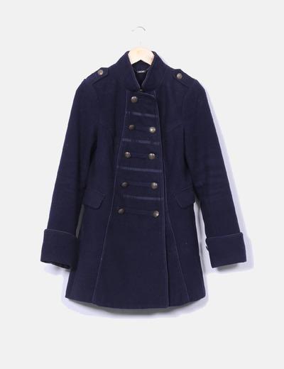 Abrigo azul estilo militar