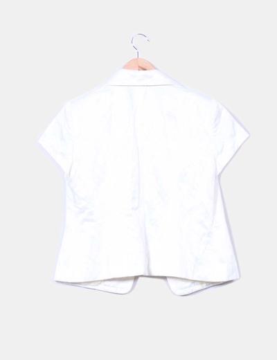Conjunto chaqueta raso blanco y top terciopelo morado