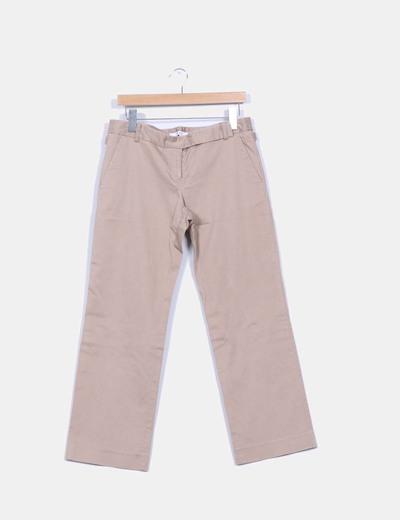 Pantalón beige recto Zara