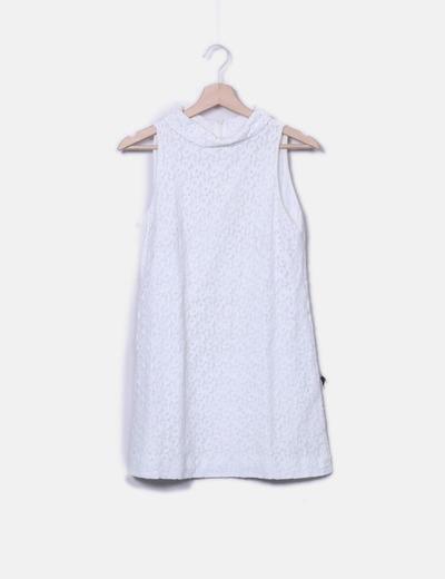 Vestido de encaje con cuellos Zara