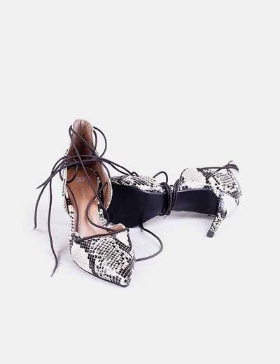 Zapato animal print con cordon