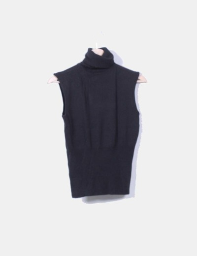 Top tricot negro sin mangas