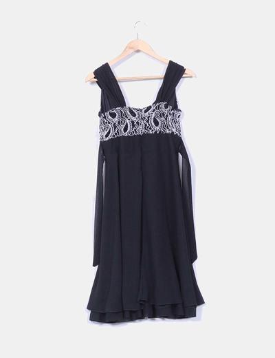 Vestido midi gasa negra escote texturizado