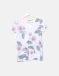 Camiseta floral cuello pico Stradivarius