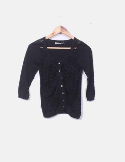 Chaqueta tricot negra con encaje