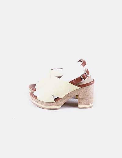 Sandálias de tacão Gadea