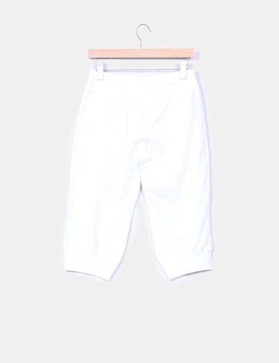 Pantalon pirata deportivo con cremalleras