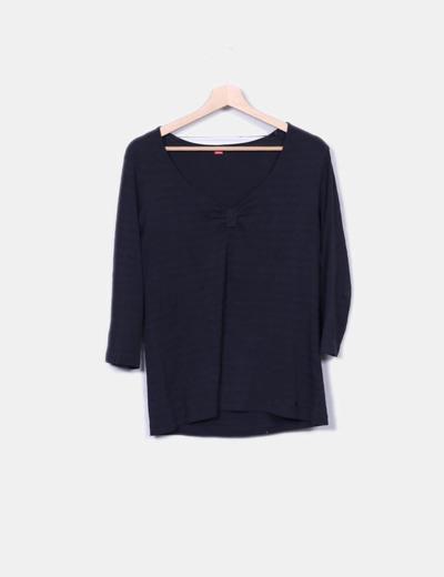 Camiseta negra de rayas S.Oliver