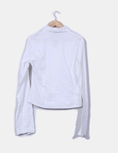 Blusa blanca con cremallera