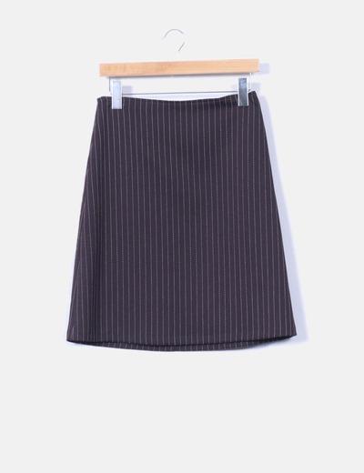 Conjunto de falda y blazer negra con raya diplomatica