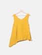 Blusa amarilla escote pico Pull&Bear