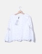 Blusa blanca con encaje Alexié