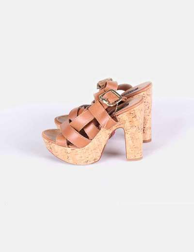 Sandalias de tiras de piel marrones Cuplé