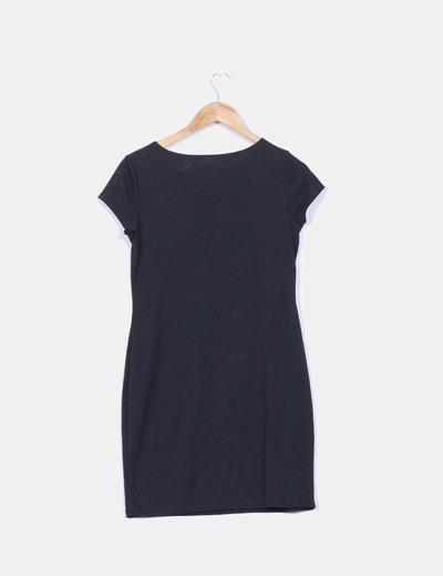 Vestido negro midi manga corta