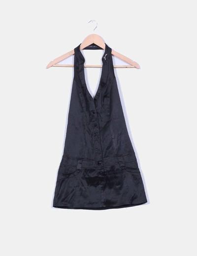 Vestido negro satinado cuello halter Valuta