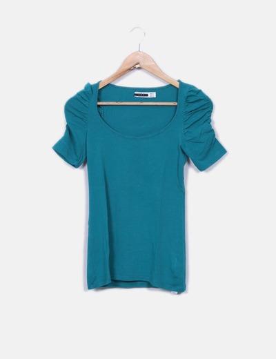 Zara T-shirt vert à manches bouffantes (réduction 75%) - Micolet 806e0f6975f4