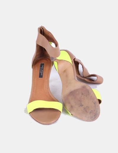 Sandalias amarillo fluor