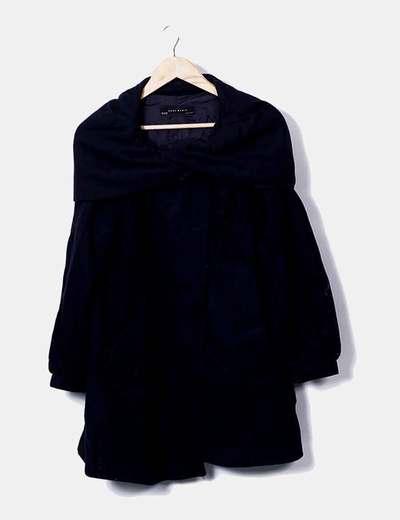 Abrigo paño azul marino mangas farol Zara