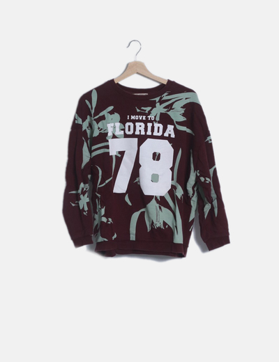 Sudadera granate estampada