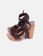 Sandalia serraje marrón con flecos Vienty