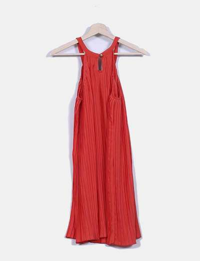 Vestido coral plisada