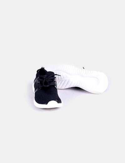 Oysho (descuento Zapatillas negras deportivas (descuento Oysho 83%) Micolet 275ebf