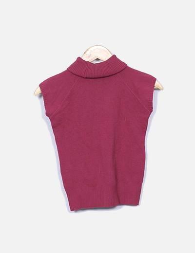 Camiseta de punto rosa con cuello vuelto