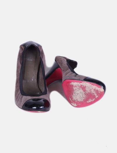 Zapato combinado negro y color topo