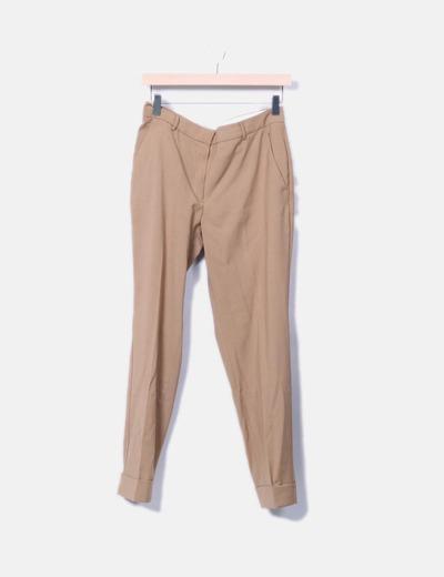 Pantalón de pinzas camel Mango
