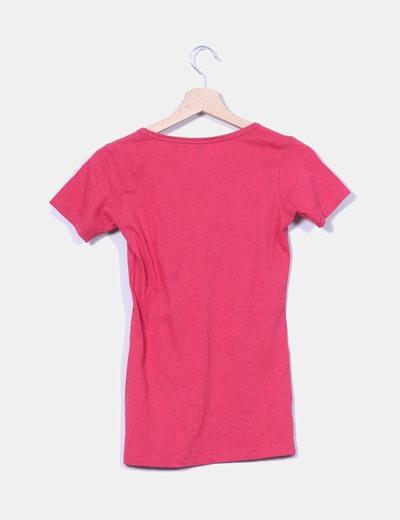 Camiseta fucsia estampada
