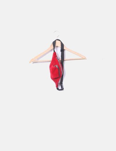 Velours riñore rouge Stradivarius