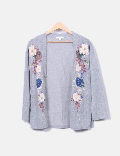 Jersey de punto gris bordado floral