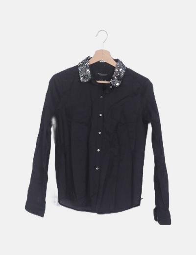 Camisa negra cuello paillettes