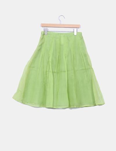 Falda verde con tablas