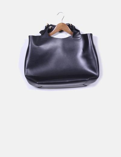 Bolso shopper cuero negro Zara