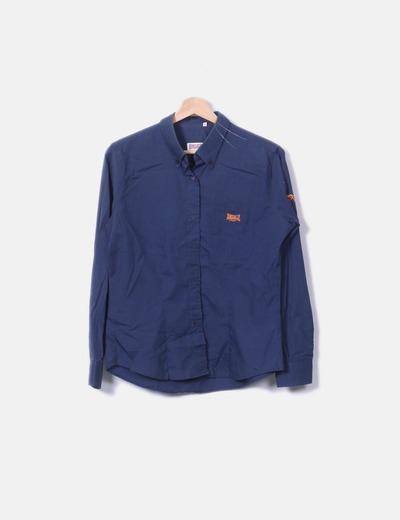 Camisa azul de manga larga