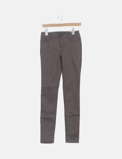 Jeans denim marrón pitillo
