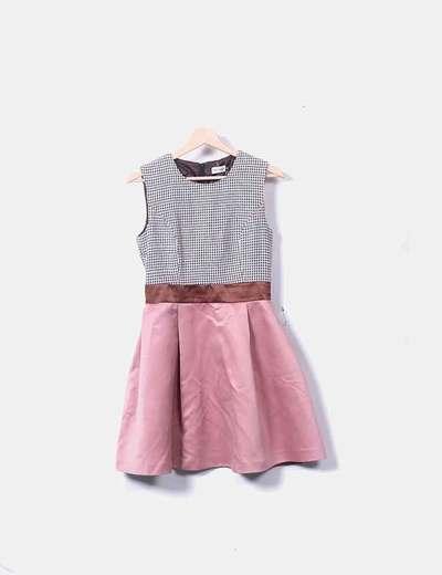 Vestido evasé satén rosa combinado