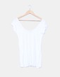 Camiseta blanca escote en U Pull & Bear
