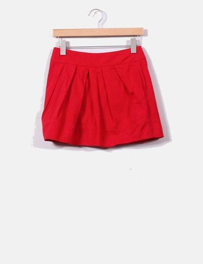 Falda roja con vuelo Suiteblanco