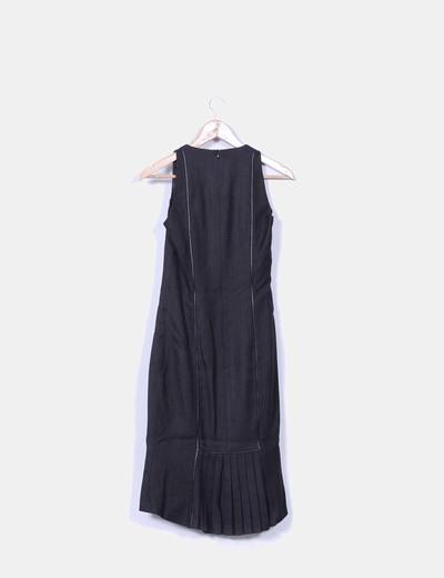 Vestido maxi negro combinado con escote cuadrado