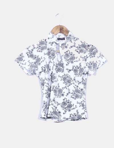 Camiseta blanca floral NoName