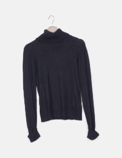 Jersey negro tricot cuello vuelto