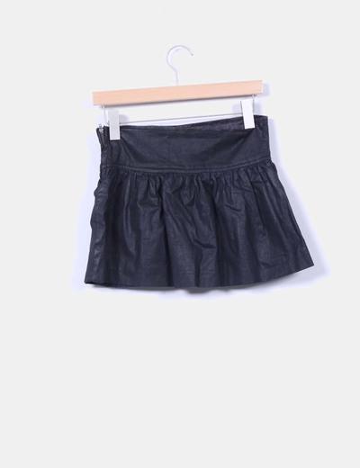 Falda mini negra detalle abalorios y lentejuelas