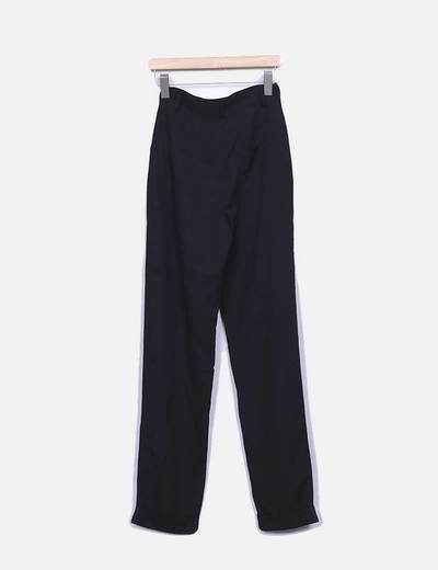 Pantalon fluido negro tiro alto