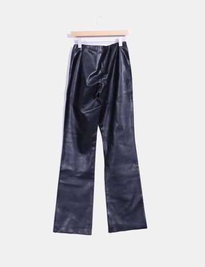 Pantalon negro de polipiel