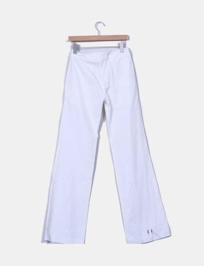 Pantalon blanco acampanado
