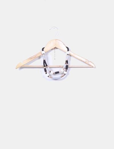 Collar tricolor combinado con nudos NoName
