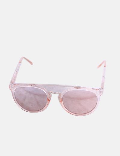 Gafas de sol rosas y doradas